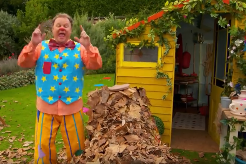 Mr Tumble - Being Outside