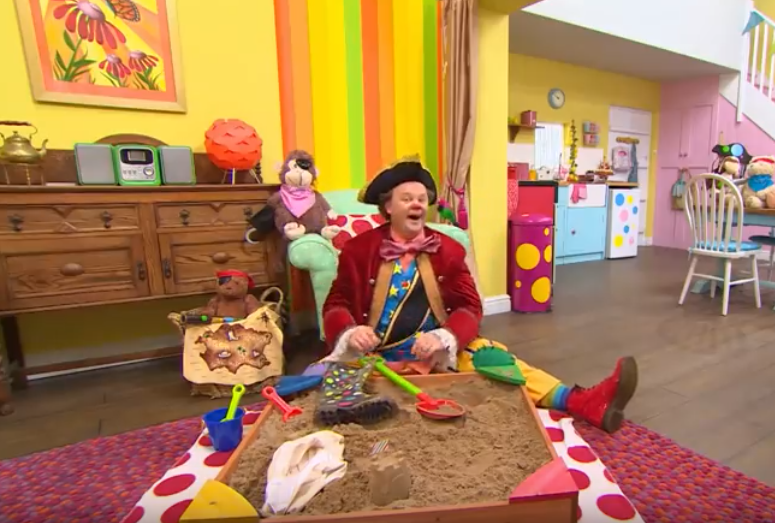 Mr Tumble - Let's Pretend